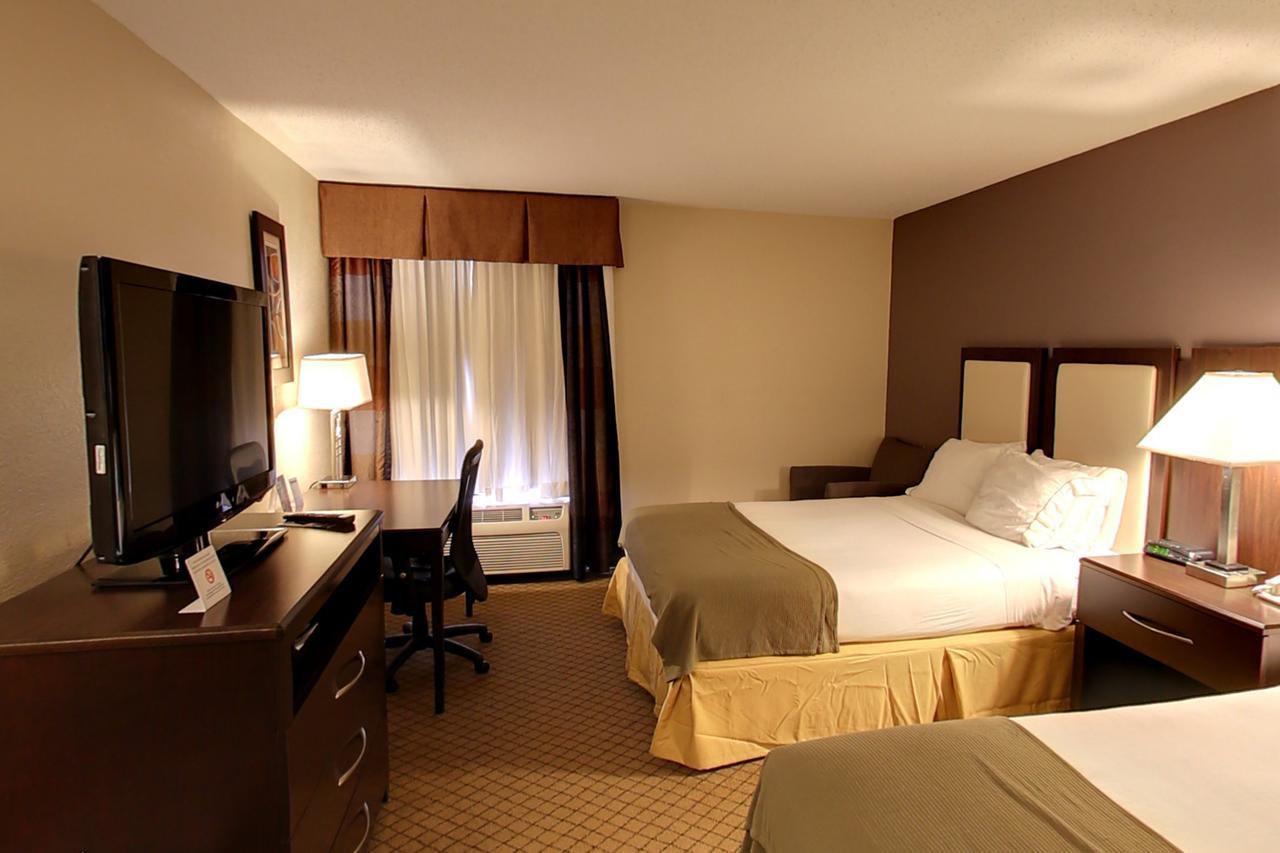 Holiday Inn Express Hotel  Suites Blythewood