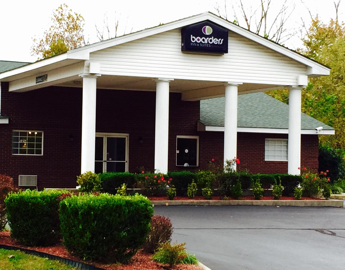 Boarders Inn and Suites by Cobblestone Hotels - Ashland City.