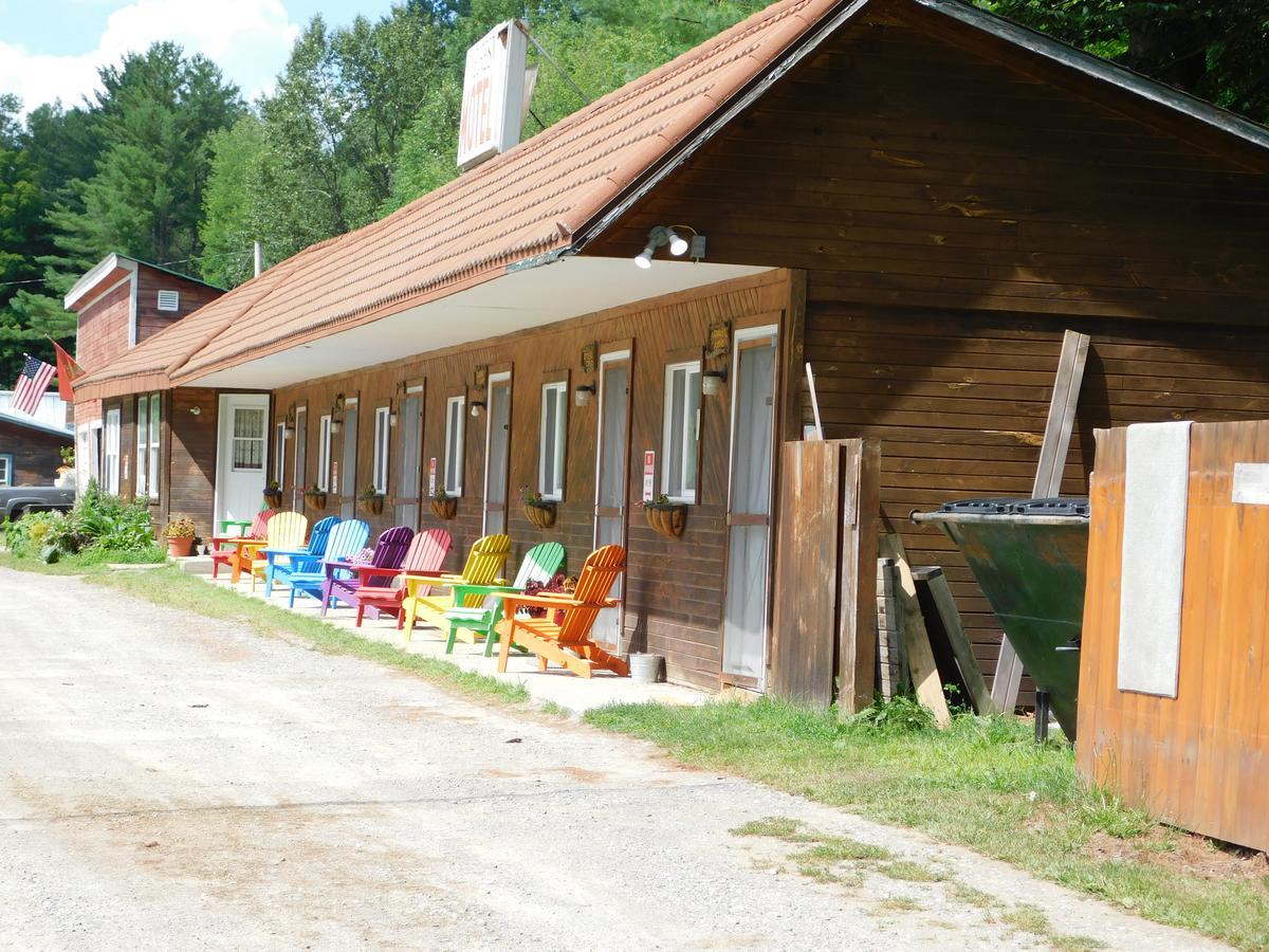 Pine Crest Motel  Cabins
