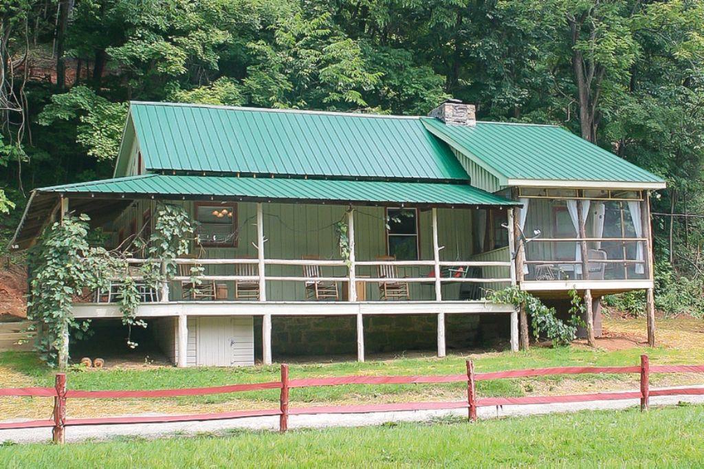 Ayita Cabin 53646