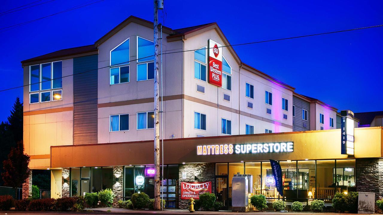Best Western Plus Battleground Inn  Suites