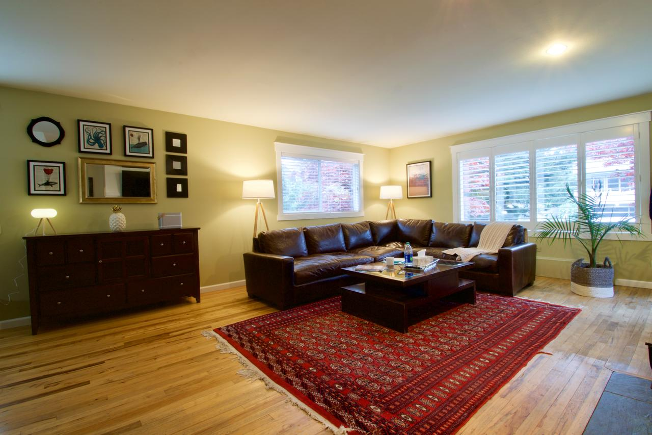 Large Open Concept in Center