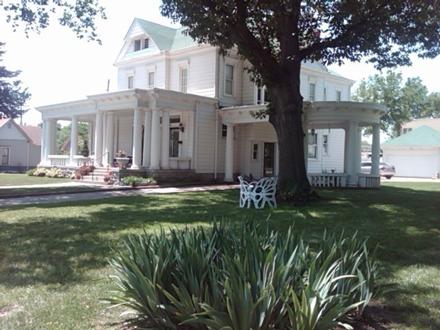 Abilene Bed & Breakfast Inn - The ABBI