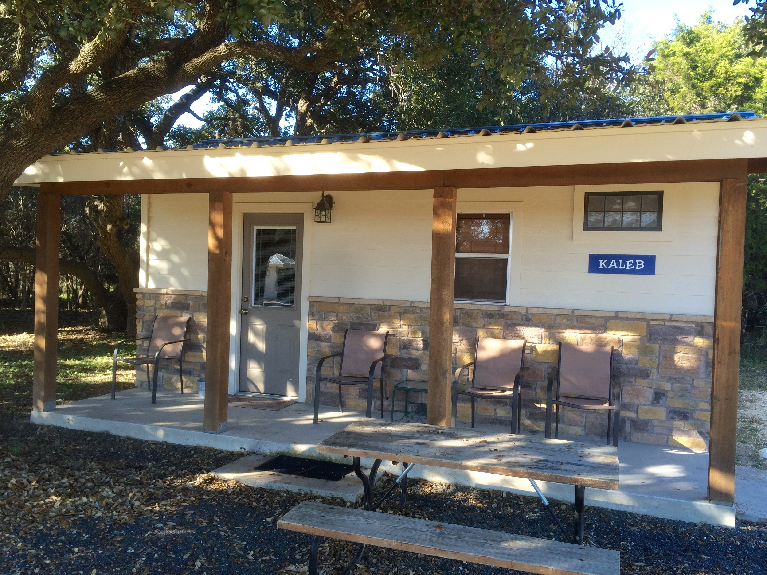 4J Riverway Cabins and RV Park