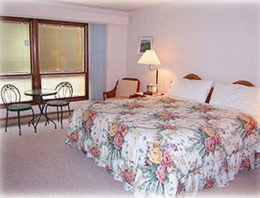Angeles Inn Bed & Breakfast