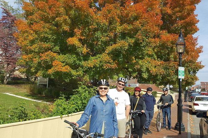 New England Experience Coastal Bike Tour - Lobster Roll Lunch & Mountain Hike