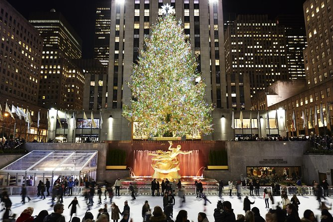 Viator VIP: Rockefeller Center Late-Night Ice Skating and Top of the Rock