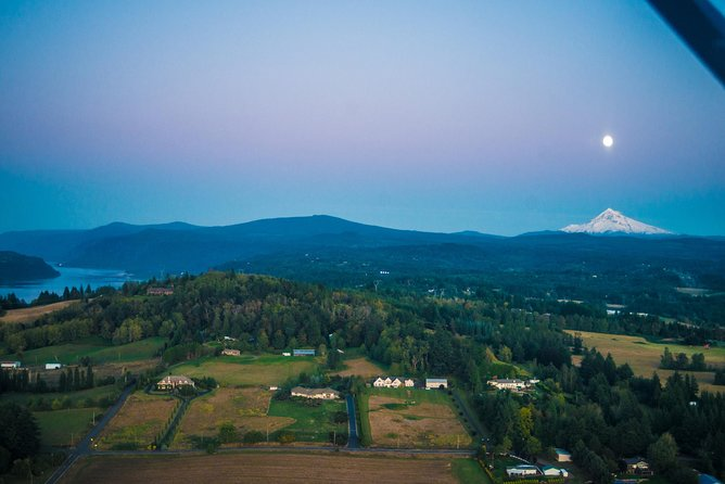 Exclusive Mount Hood & Columbia River Gorge Air Tour