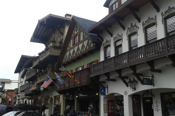 Day Trip to Leavenworth via the Cascade Mountains from Seattle