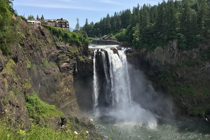 Up to 14 Pax Private Full Day Seattle City Tour Wine Tasting Snoqualmie Falls