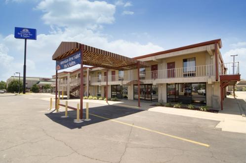 Americas Best Value Inn & Suites Conway
