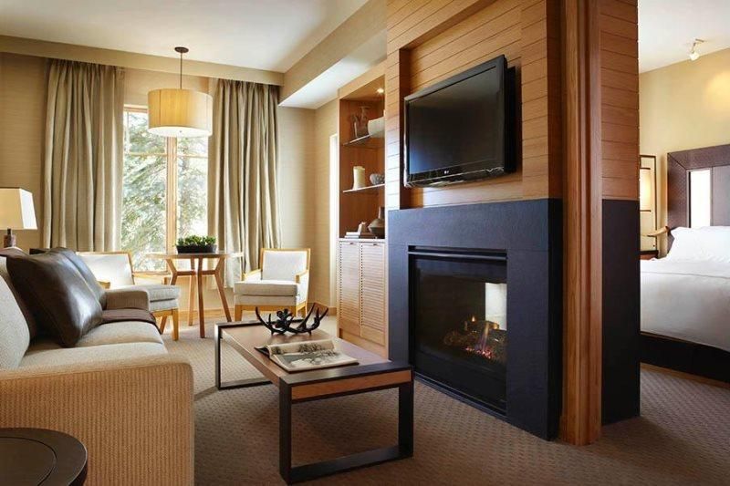 Viceroy 1 Bedroom Condo, Ski-in Ski-out in the heart of the village