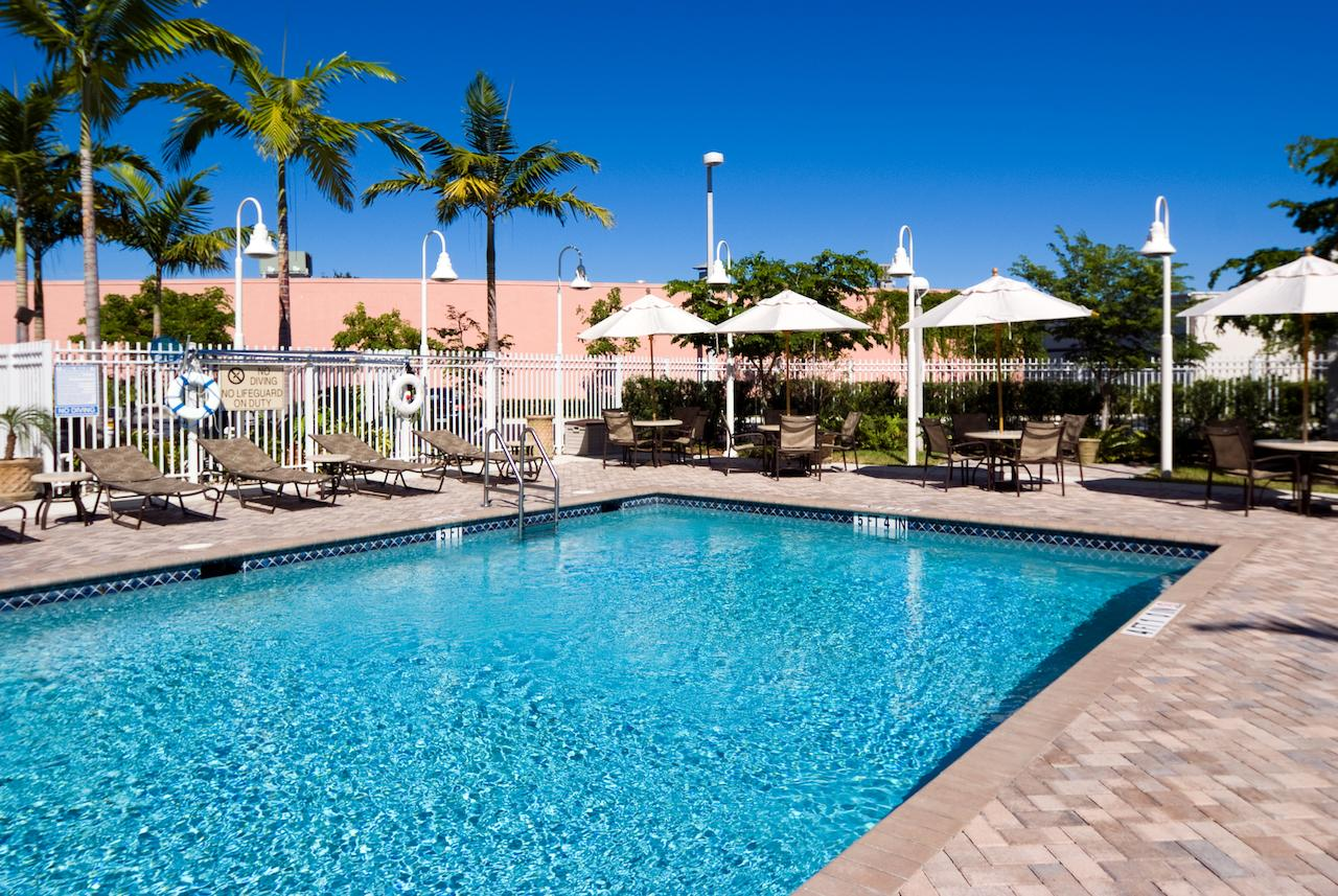 Holiday Inn Express  Suites Miami Kendall
