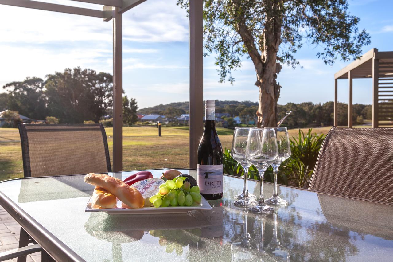 Condo 105  Horizons Golf Resort - Salamander Bay NSW